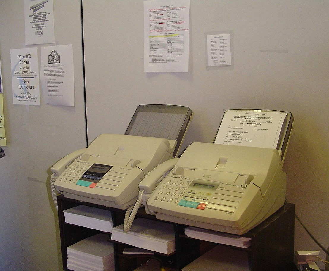Many Business Managers Both Large And Small May Not Be Aware That Sending Receiving A Fax No Longer Requires The Use Of Machine